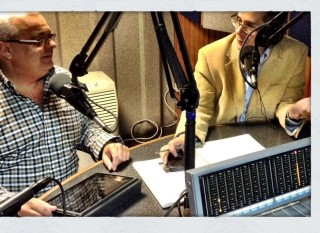 Con Telmo Almada en su programa de radio, hablamos sobre comunicación y medios sociales.